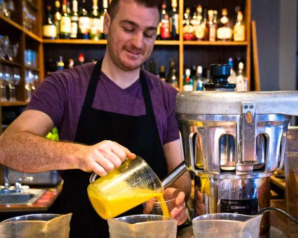 Myett making a pour during a CHS visit to La Bete last year (Image: MVB for CHS)