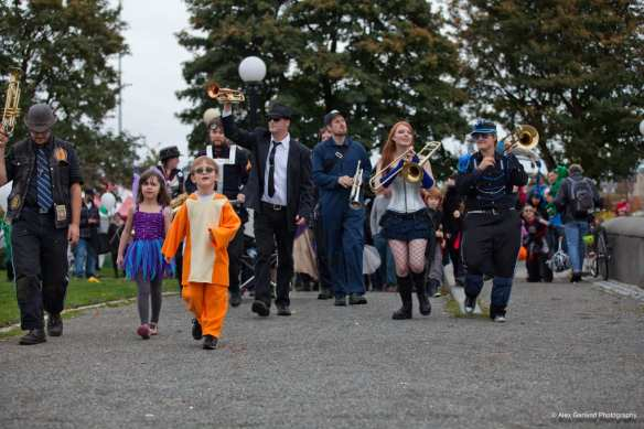 The costume parade through Cal Anderson in 2012 -- more Hilloween pictures here (Images: CHS)
