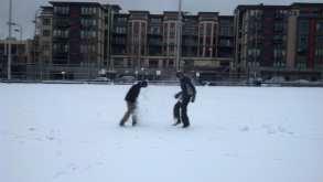 _Bobby Morris, epic snowball 2, 8.32am IMG_20131220_083258_781