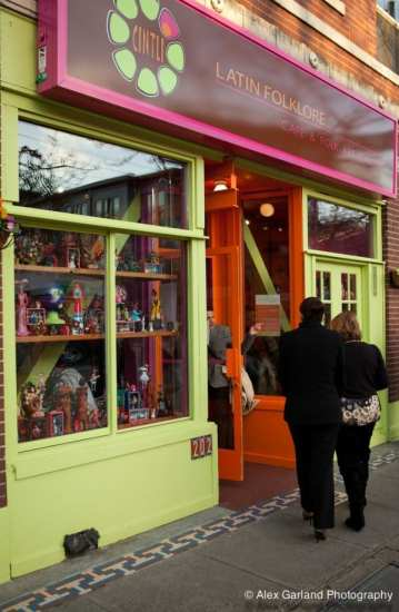 A colorful Broadway storefront will soon stand empty... for at least a little while (Images: CHS)