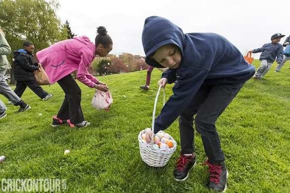 Cal Anderson Easter Egg Hunt