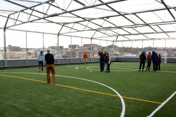 The new Northwest School building -- complete with rooftop sports field -- could be a model for a new downtown school at 2nd and Spring (Image: CHS)