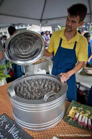 Meanwhile, Cal Anderson hosts a bigger edition of the Seattle Street Food Festival (Image: CHS)