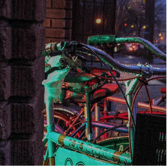 Rainy Evening Bicycles (Image: prima seadiva via Flickr)