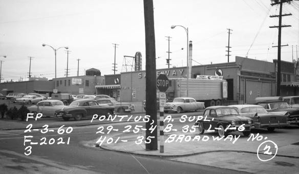 View of parking lot in rear with back entrance in 1959 (Puget Sound Regional Archives)