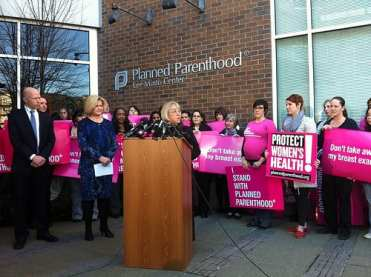 Senator Patty Murray came to E Madison in 2012 to fight for Planned Parenthood funding (Image: CHS)