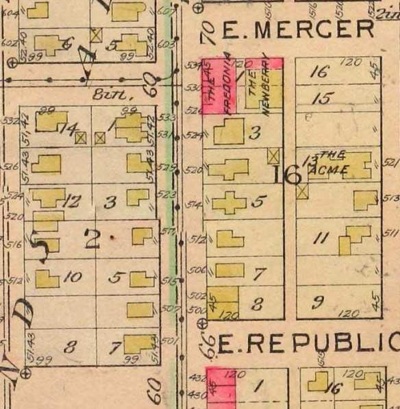 15th Ave E from Republican to Mercer, from the 1912 Baist fire insurance map.
