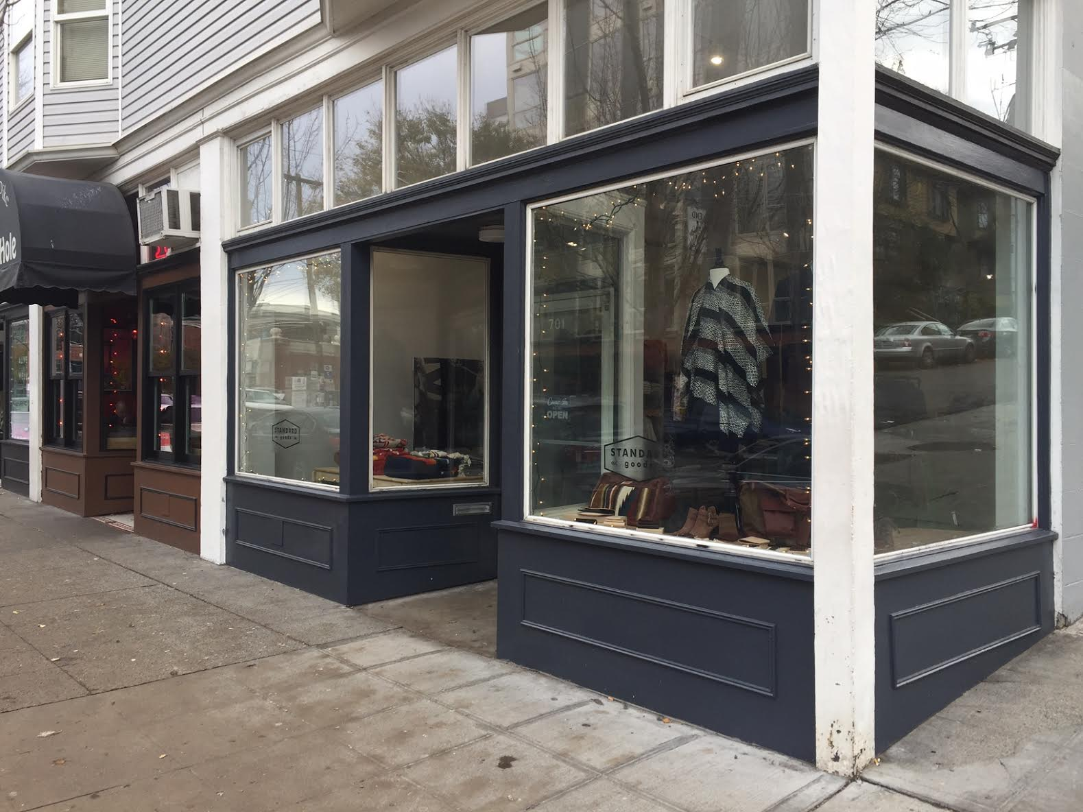 Capitol hill clothing stores