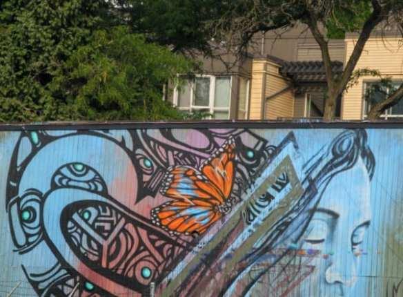The Noah Neighbor mural on E Pine's Aria Salon (Image: Patricia via Flickr)