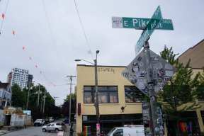 Capitol Hill gets new Arts District street signs | CHS