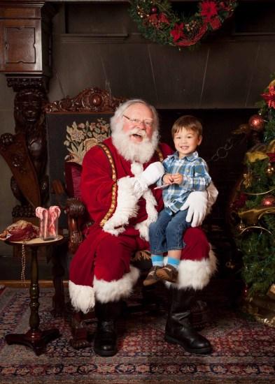Santa Photos at Stimson Green House for Washington Trust for Historic Preservation