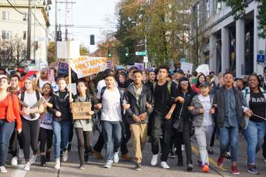 Garfield students march down E Pine toward Cal Anderson (Image: CHS)