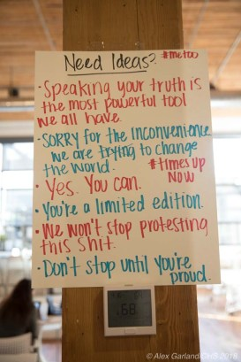 WomensMarchSignMaking-4