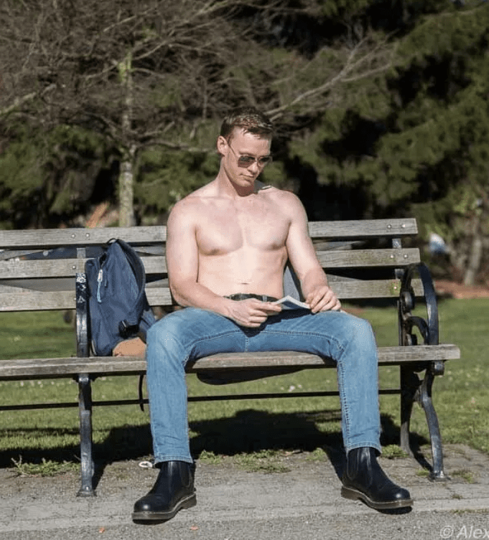 CHS Pics | Record March hotness in Cal Anderson Park