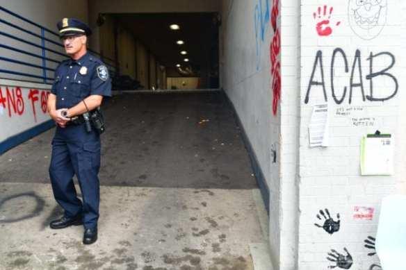 SPD tours the emptied East Precinct (Image: Matt Mitgang)