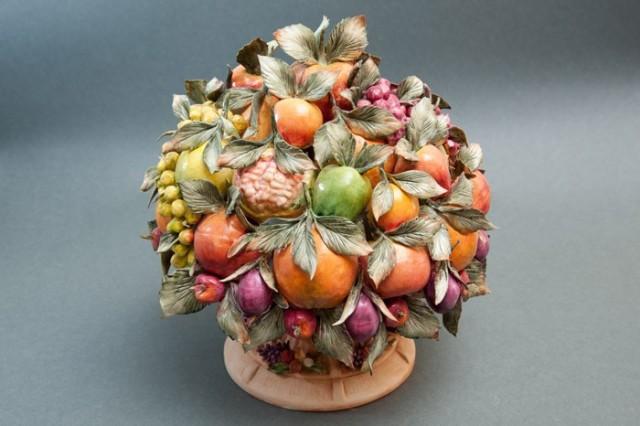 Capodimonte porcelain  Baschenis Centerpiece