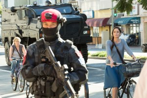 """COLONY -- """"Pilot"""" Episode 101 -- Pictured: (l-r) -- (Photo by: Isabella Vosmikova/USA Network)"""