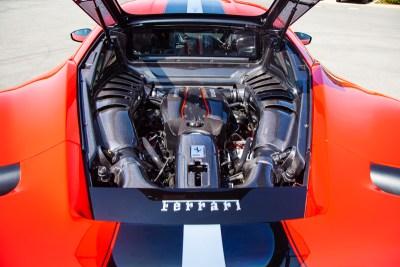 FerrariPista_Carbon_13_800_0420