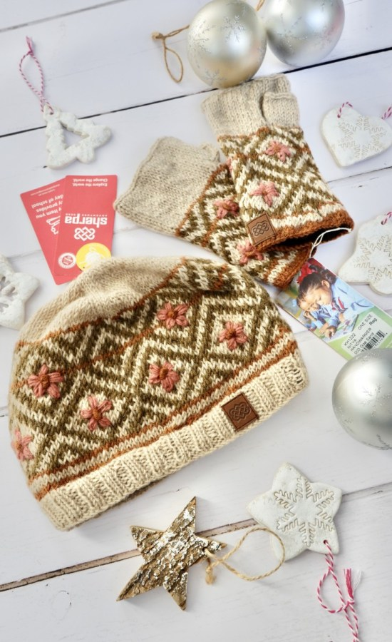 Sherpa hat and gloves set