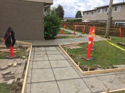 concrete-forms-for-sidewalk