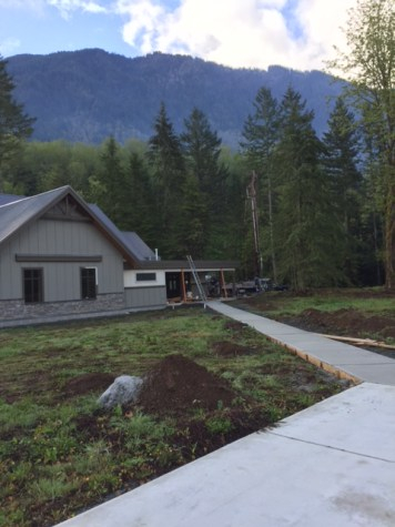 concrete-walkway-stillwood-chilliwack-2