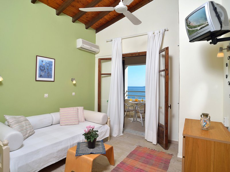 One bedroom apartment with a sea view in Barbati Corfu