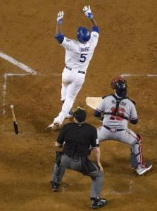 Juan Uribe game winning home run followed two failed bunt attempts. (Photo: AP)