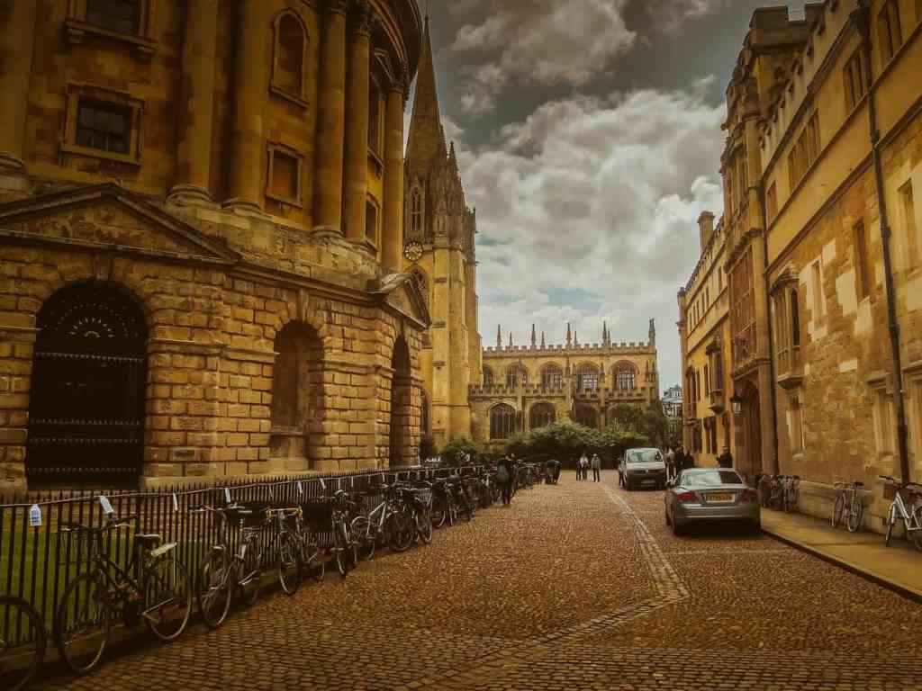 8 IQ Boosting Things To Do In Oxford - Student Life.