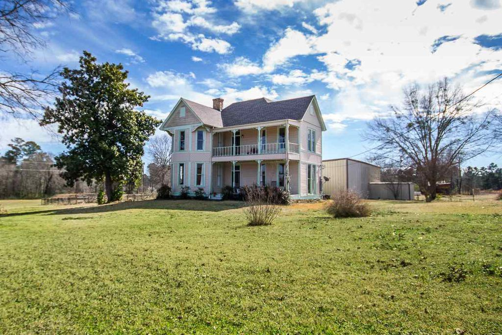 1875 Folk Victorian In Longview Texas Captivating Houses