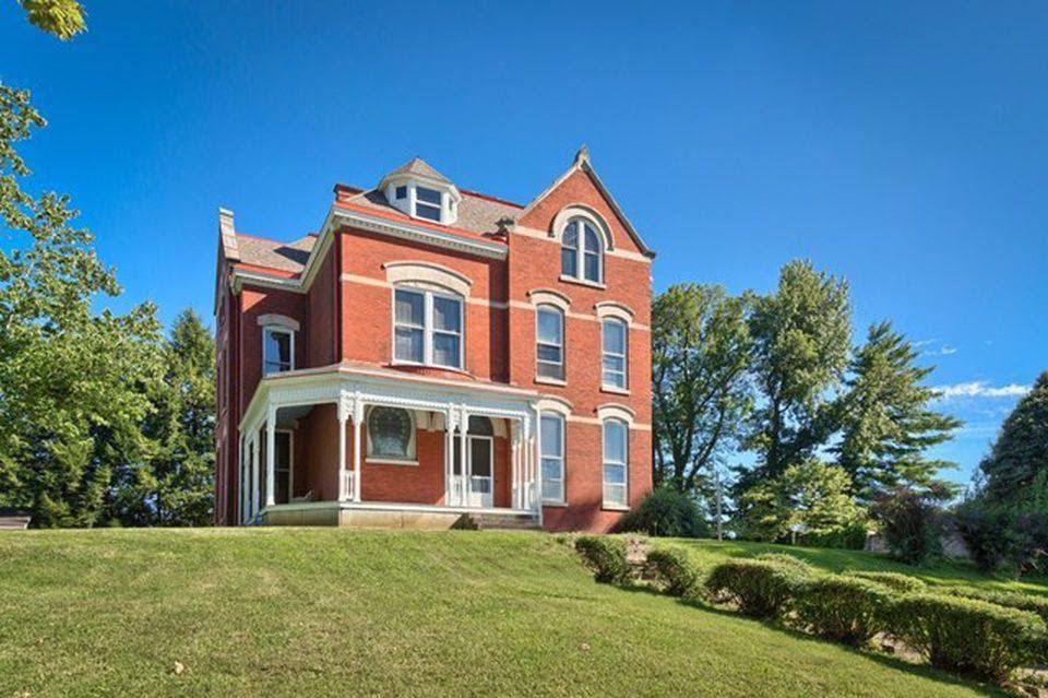 1890 Brick Fixer Upper In Owensboro Kentucky