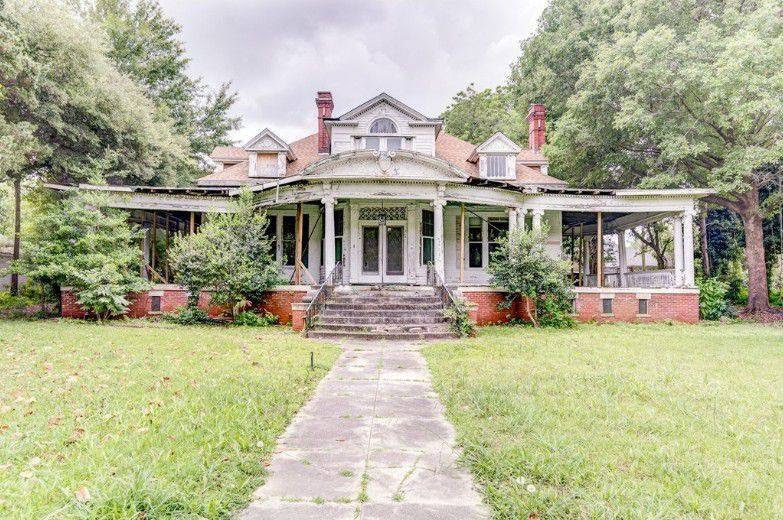 1908 Abandoned Mansion In Greenwood Mississippi