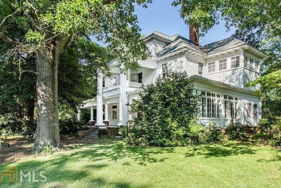 1858 Antebellum Mansion In Bowman Georgia