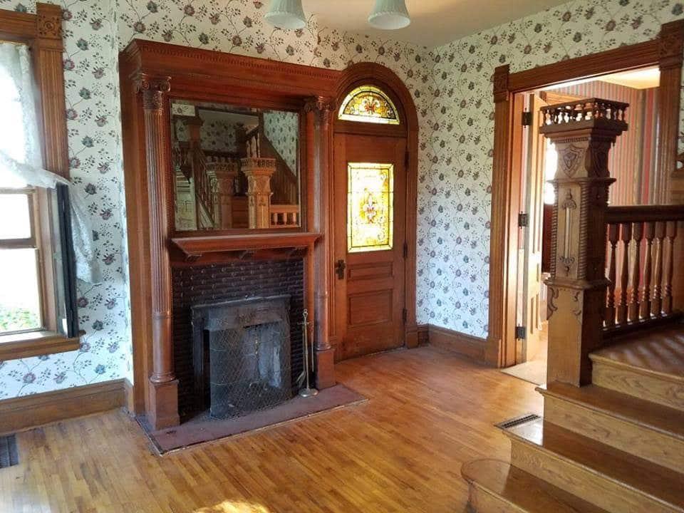 1872 Victorian For Sale In Bonaparte Iowa
