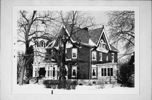 1897 Victorian Mansion For Sale In Manitowoc Wisconsin