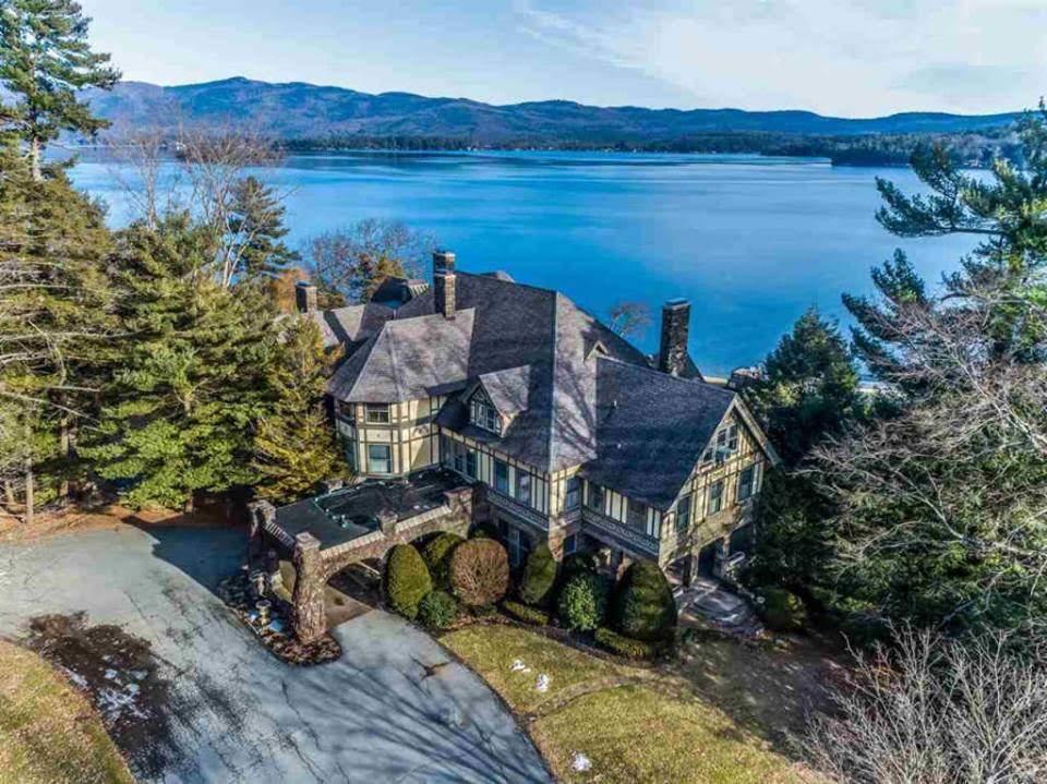 1895 Waterfront Mansion In Lake George New York