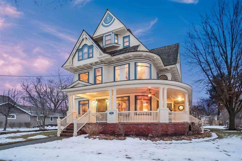 1896 Victorian For Sale In Brodhead Wisconsin