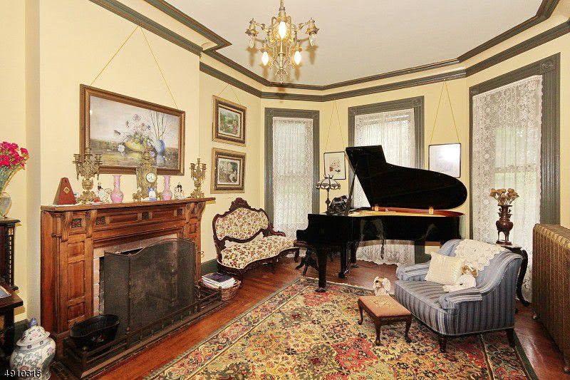 1892 Queen Anne For Sale In Plainfield Missouri