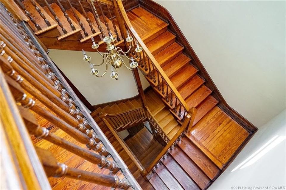 1891 Queen Anne For Sale In Louisville Kentucky