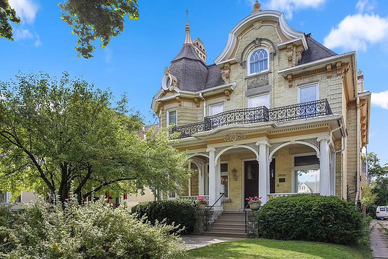 1890 Ernst Pommer House For Sale In Milwaukee Wisconsin