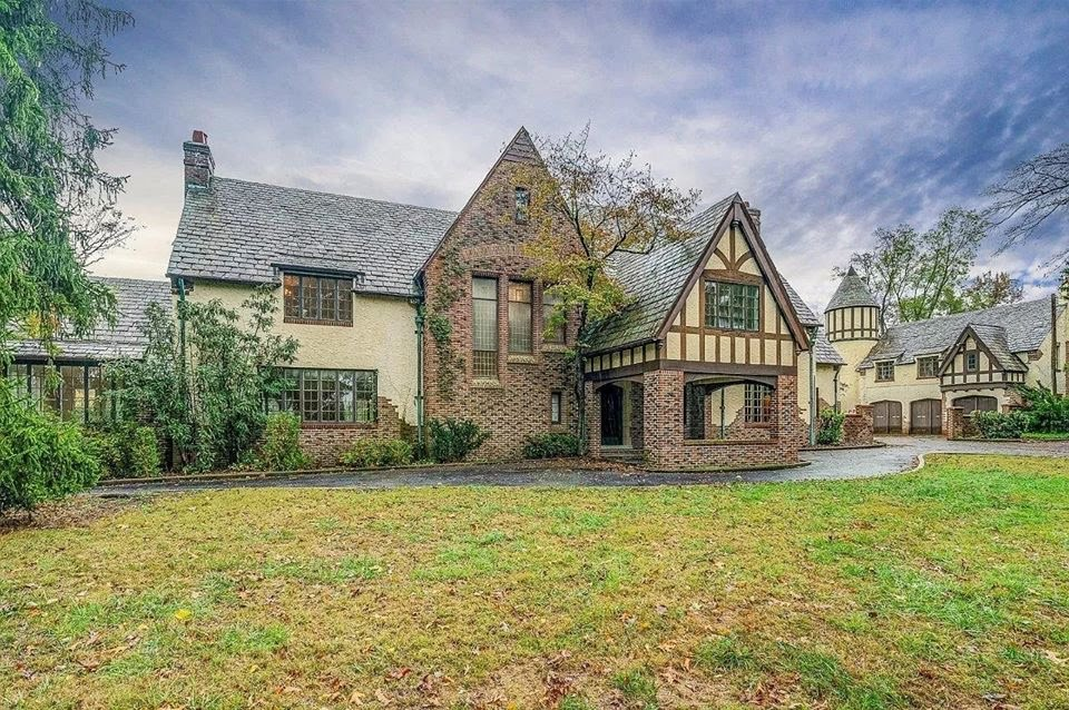 1929 Tudor For Sale In Covington Virginia