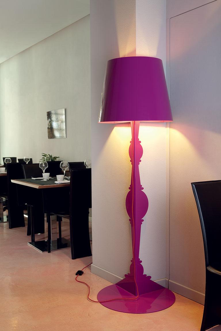 A Floor Lamp that Wraps Around the Corner  Captivatist
