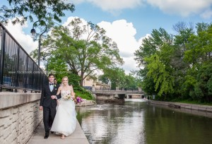 Wedding Bride Groom Naperville Riverwalk