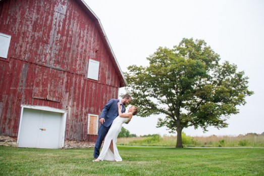 bride groom barn kiss portrait, LeRoy Oakes St Charles
