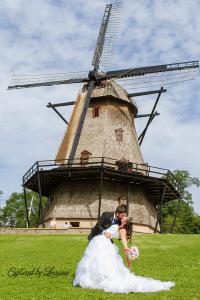 fabyan-parkway-geneva-wedding-photographer-windmill