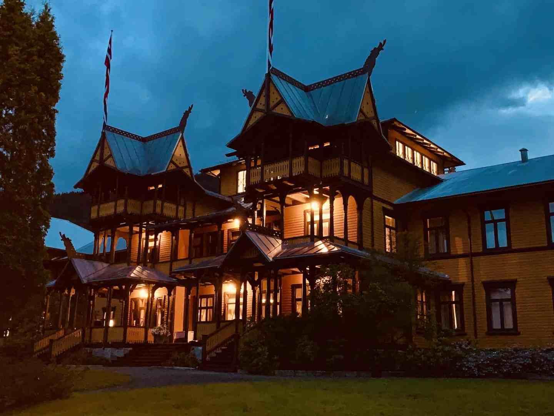 Dalen Hotel in Norway by night