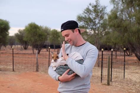 bruno @afrenchtraveler sanctuaire des kangourous alice springs