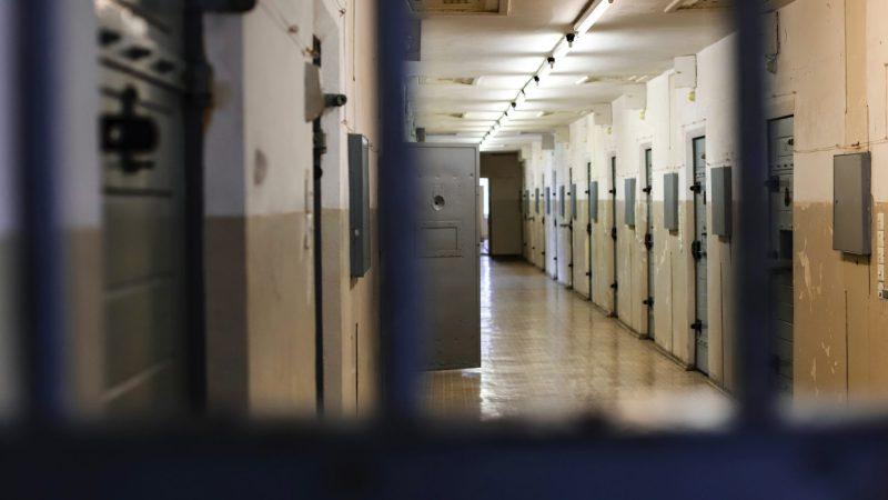 Libertà e dignità dell'uomo nelle carceri. L'ordine degli Avvocati di Bari, promuove un incontro per discuterne