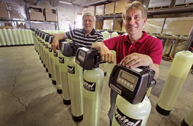 Wisconsin State Journal-Longevity In business Photo