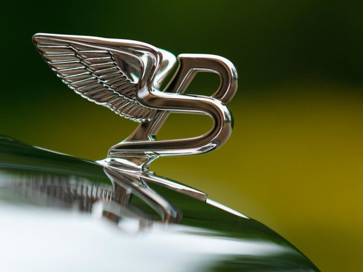 Cars Wallpaper With Names Bentley Logo Bentley Car Symbol Meaning And History Car