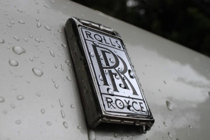 Tesla Logo Wallpaper For Car Rolls Royce Logo Rolls Royce Car Symbol Meaning And